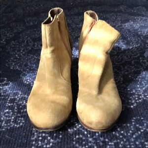 Coconuts by Mattise Leather Booties, size 8.